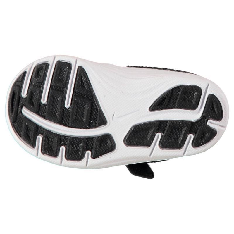 Boty Nike Revolution 3 Infants Trainers DkGrey/White, Velikost: C3 (euro 19)