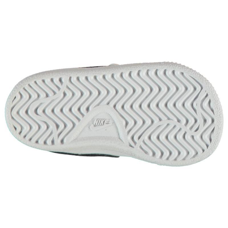 Boty Nike Court Royale Infants Trainers White/White, Velikost: C3 (euro 19)